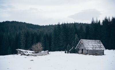 hut-690922_1280